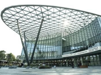 г. Москва, Концертный зал Зарядье, крыша сделана с Evolam Gold
